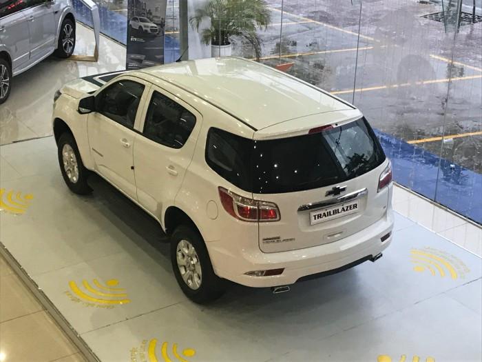 Giá xe Chevrolet Trailblazer mới nhất(4)