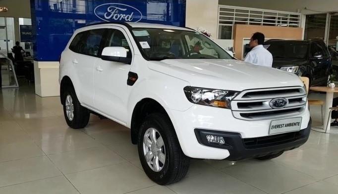 So sánh giá, vận hành, an toàn Chevrolet Trailblazer và Ford Everest(4)