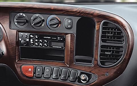 bảng điều khiển xe tải 7 tấn Hyundai 110s