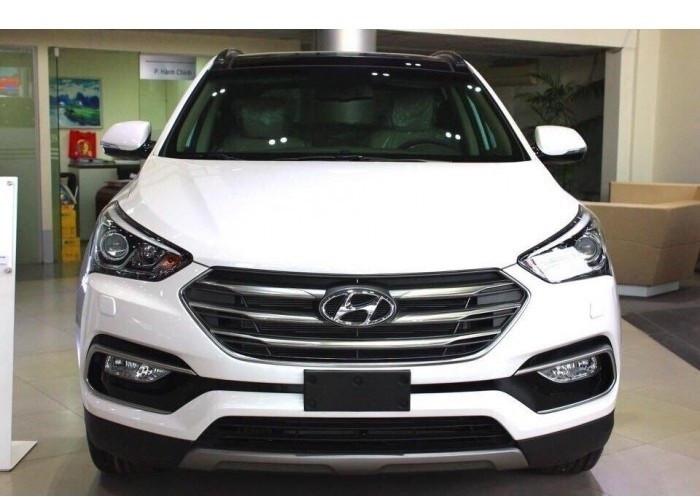 So sánh giá dòng xe SUV 7 chỗ Chevrolet Trailblazer và Hyundai Santafe(4)