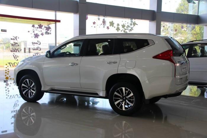 So sánh giá, hiệu năng Chevrolet Trailblazer và Mitsubishi Pajero Sport(2)