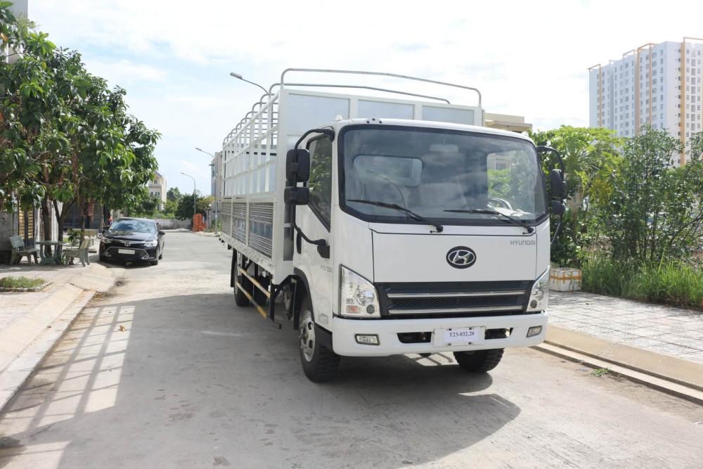 Mua xe tải faw 7.3 tấn trả góp