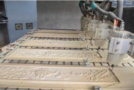 Gia công cắt CNC, báo giá chạy CNC bằng máy ở TPHCM