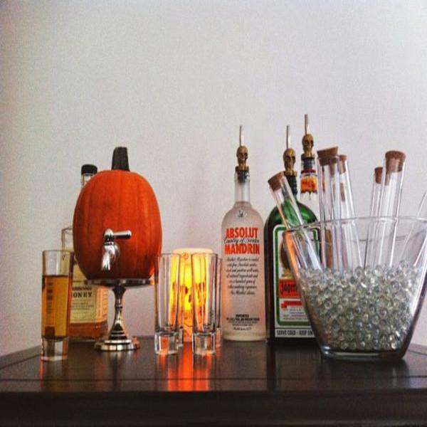Mô hình PP cán format trang trí Halloween nhanh chóng nhưng đầy chất ma mị 2
