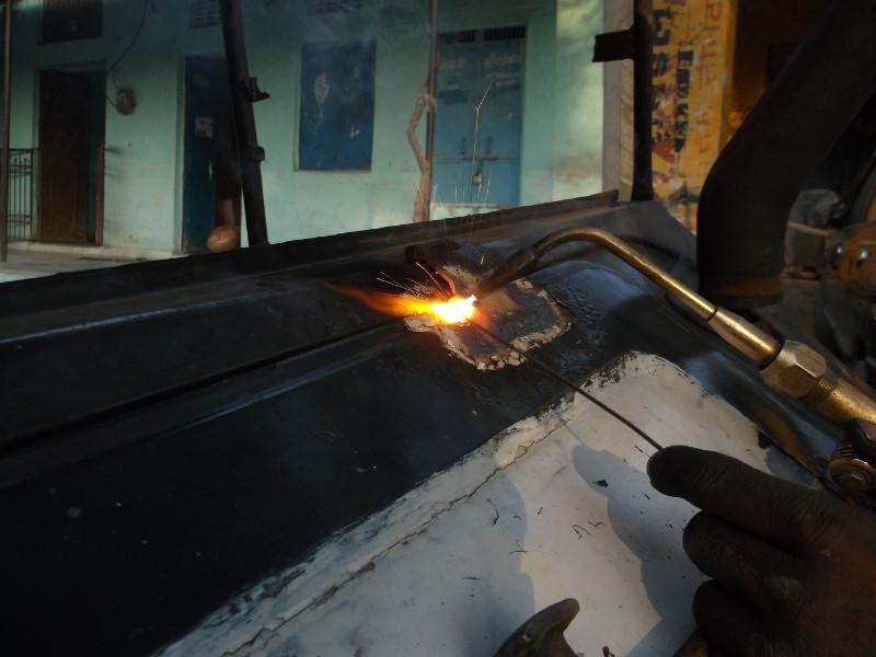 Chứng chỉ an toàn vệ sinh lao động đối với thợ hàn điện, thợ sử dụng máy cưa đĩa