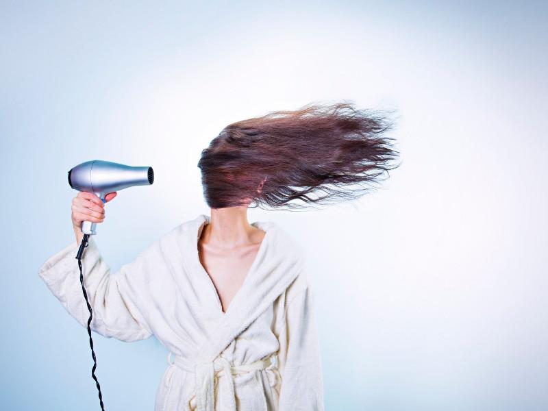 Chỉ 10 phút mỗi ngày với cách này bạn sẽ có mái tóc mềm mượt gấp 2 lần(3)