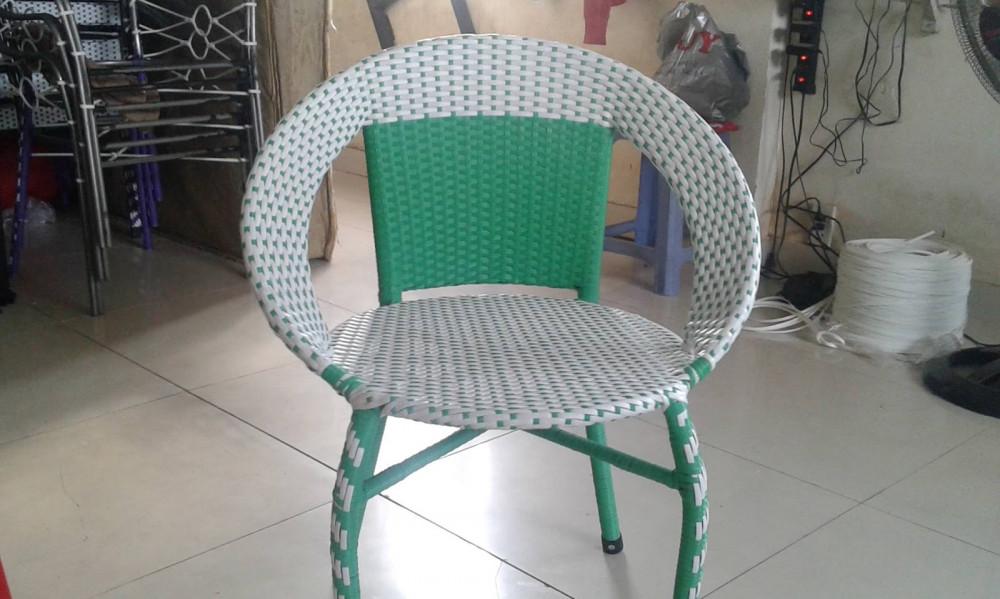 Những mẫu bàn ghế cafe giá rẻ được ưa chuộng(8)