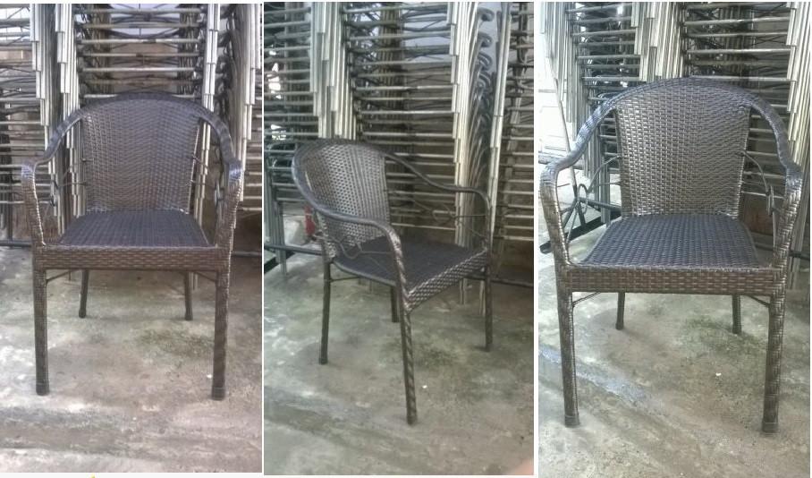 Những mẫu bàn ghế cafe giá rẻ được ưa chuộng(9)