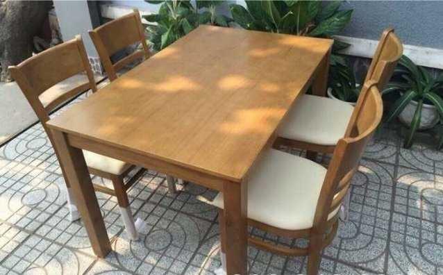 Bàn ghế cafe ngoài trời bằng chất liệu gỗ