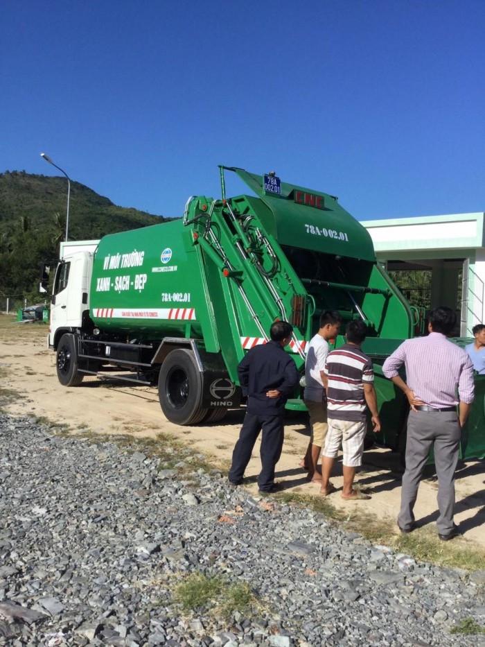 Giá xe ép rác Hino(3)
