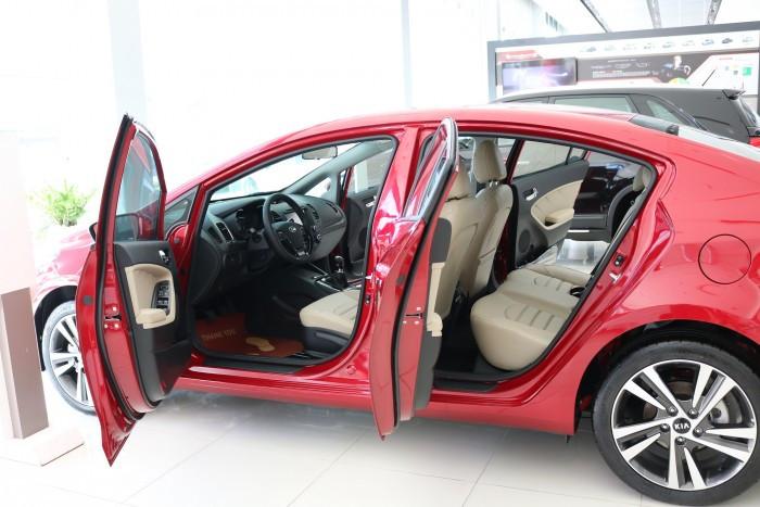 Chọn mua xe Kia Cerato - Dòng xe đẳng cấp cho mọi người