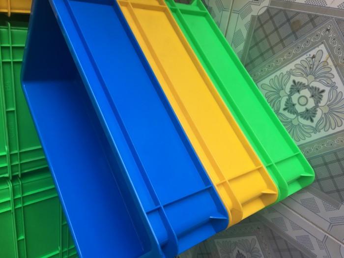 Tìm hiểu ưu điểm của thùng nhựa đặc B2