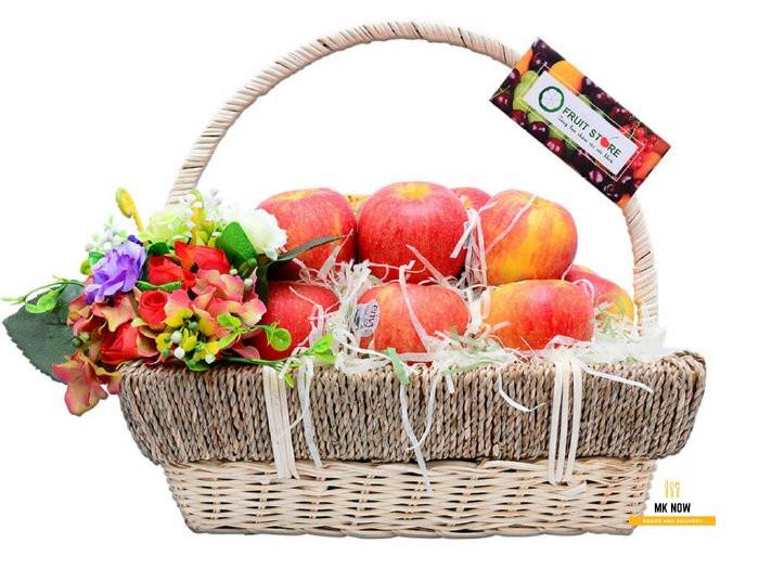 Giỏ trái cây làm quà tặng vợ kỷ niệm ngày cưới 1
