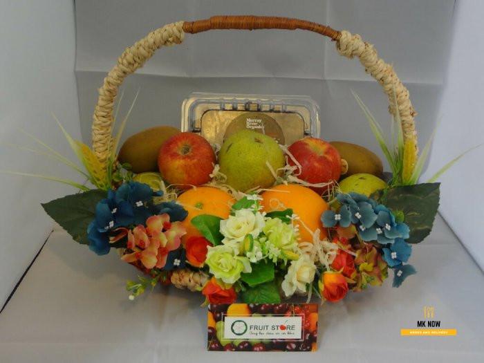 Giỏ trái cây làm quà tặng vợ kỷ niệm ngày cưới 3
