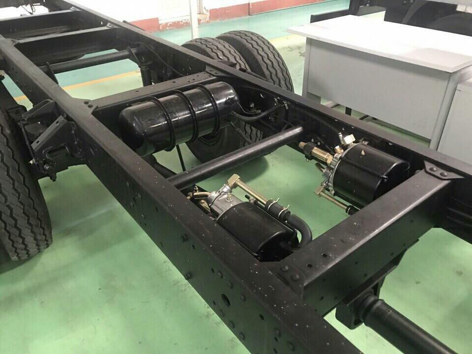 Báo giá xe tải 8 tấn Hyundai Hd120SL(2)