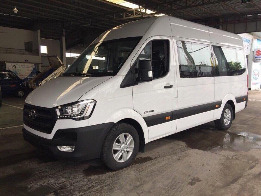 Hướng dẫn mua trả góp xe 16 chỗ Hyundai Solati