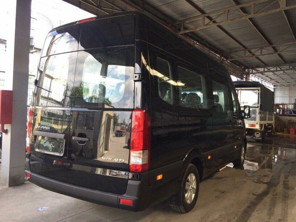 Hướng dẫn mua trả góp xe 16 chỗ Hyundai Solati(2)