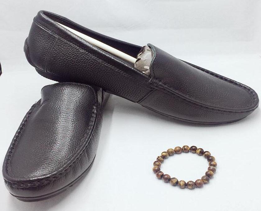 Mẹo nhận biết giày da nam thật giả(1)