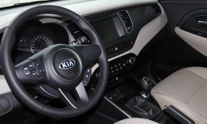Đánh giá tổng quan xe Kia Rondo 2018