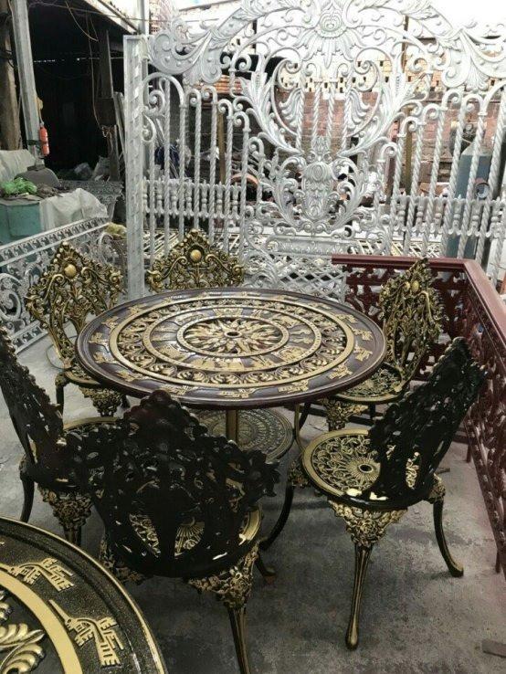 Mẫu bàn ghế cafe được ưa chuộng hiện nay
