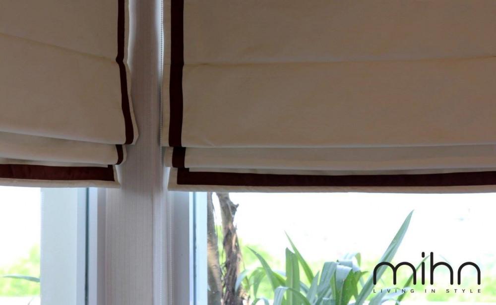 Thiết kế rèm cho cửa sổ phòng ngủ chữ L
