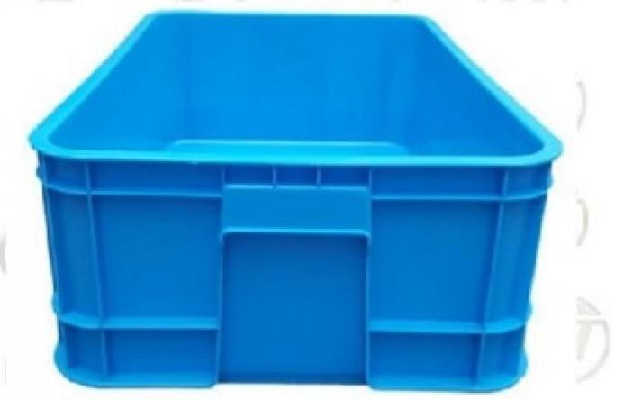 Những ưu điểm của thùng nhựa đặc là gì?