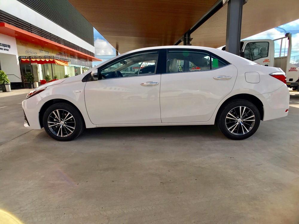 Ưu nhược điểm khi mua trả góp xe Toyota Altis 2019 tại TPHCM