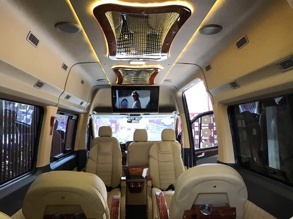 Thông số trang bị nội thất xe 16 chỗ Hyundai Solati 2018