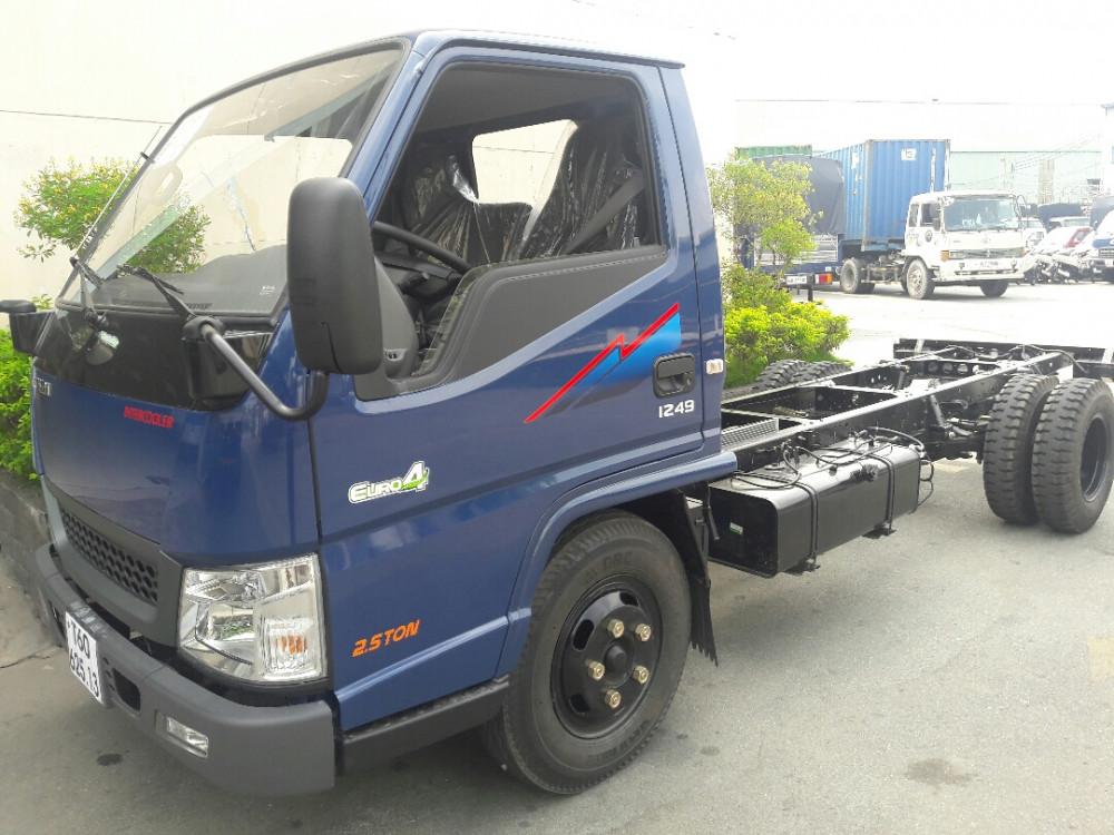 Giá xe IZ49 Đô Thành chassis