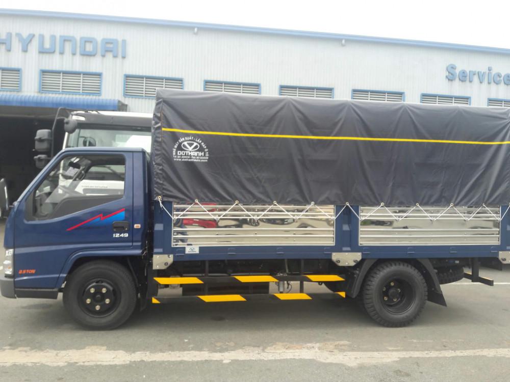 Giá xe IZ49 Đô Thành thùng mui bạt