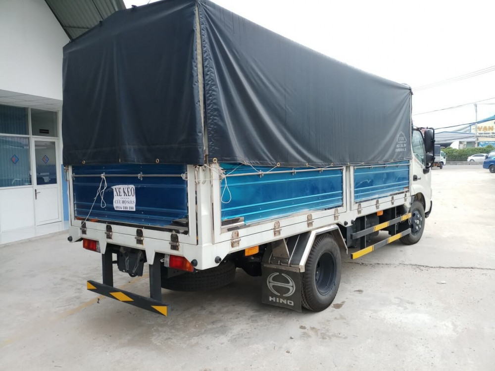 giá xe tải Hino 1.9 tấn XZU650L
