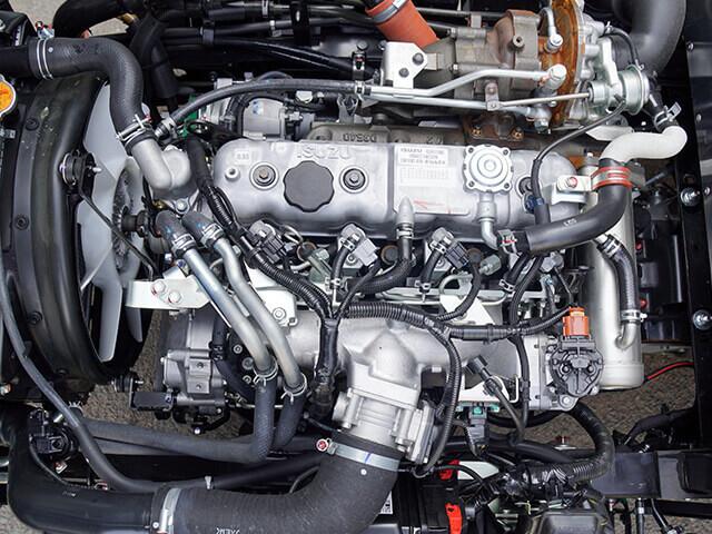 Xe tải Isuzu 1.9 tấn được trang bị động cơ Diesel 4JB1
