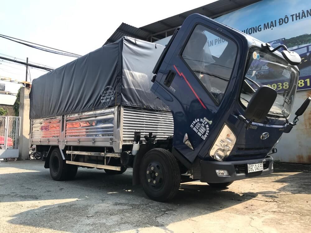 Thiết kế ngoại thất xe tải 3.5 tấn IZ65 Gold Đô Thành nổi bật giữa đường phố