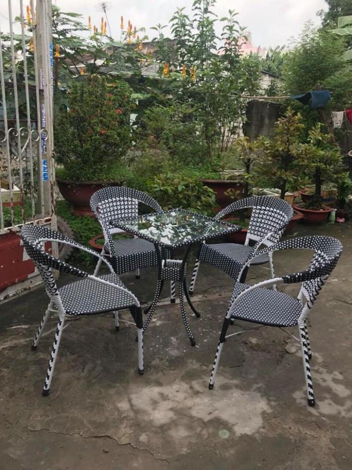 Mẫu bàn ghế giả mây đẹp(1)
