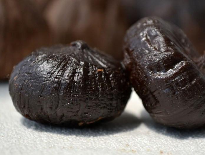 Lợi ích không ngờ đến từ nước ép tỏi đen cho sức khỏe