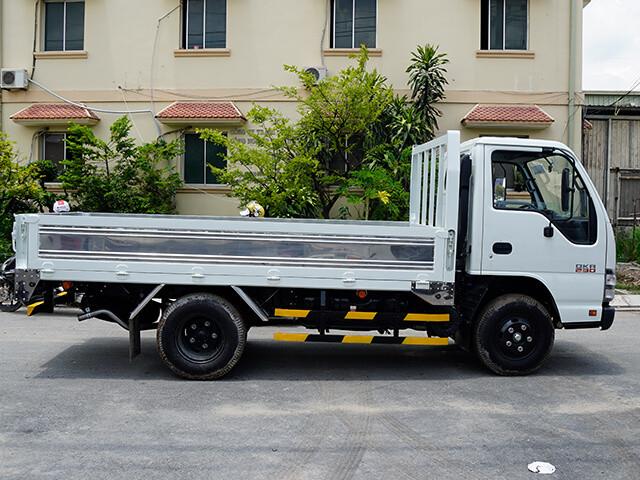 Giá xe tải Isuzu 1.4 tấn thùng lửng