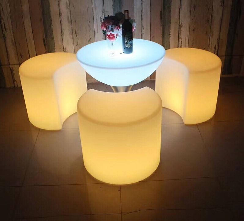 Bàn cafe phát sáng, bàn ghế led nhà hàng khách sạn