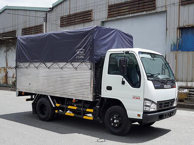 Giá xe tải Isuzu 1.4 tấn thùng mui bạt(4)