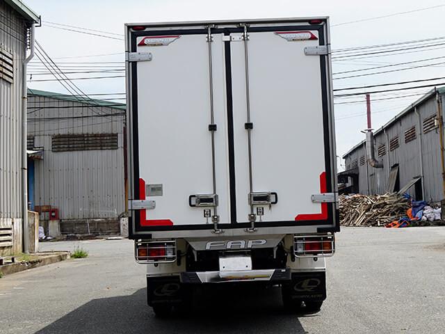 Giá xe tải Isuzu 1.4 tấn thùng đông lạnh(6)