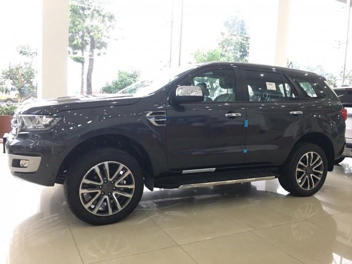Đánh giá ưu điểm Ford Everest vừa ra mắt tại Việt Nam(1)