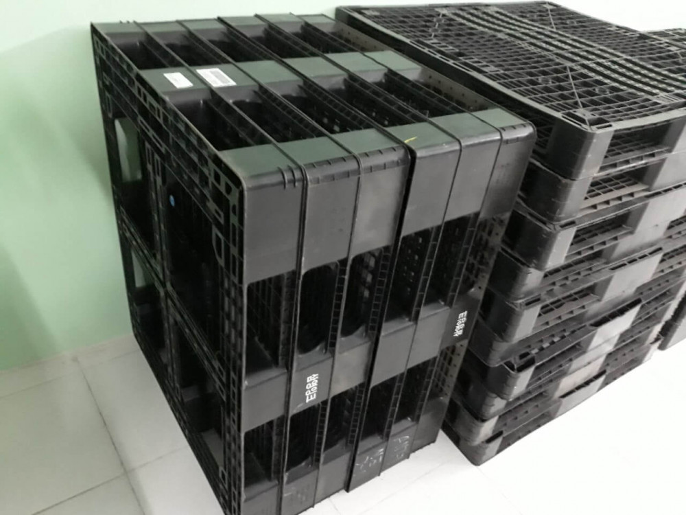 kích thước pallet nhựa cũ 1200x1000x120mm màu đen - 2