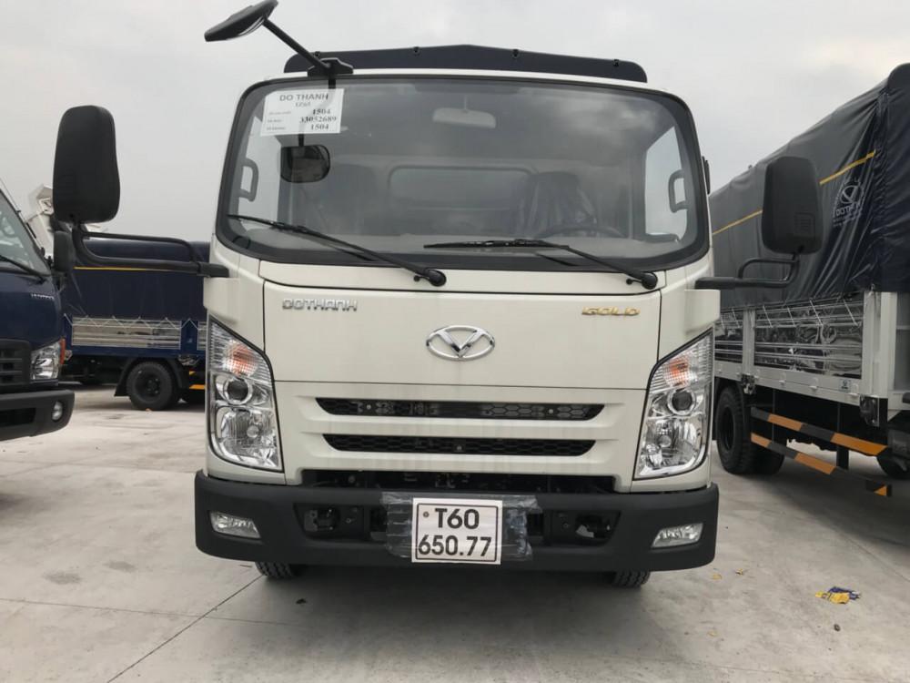 Ngoại thất xe tải 3.5 tấn Hyundai IZ65 thùng kín
