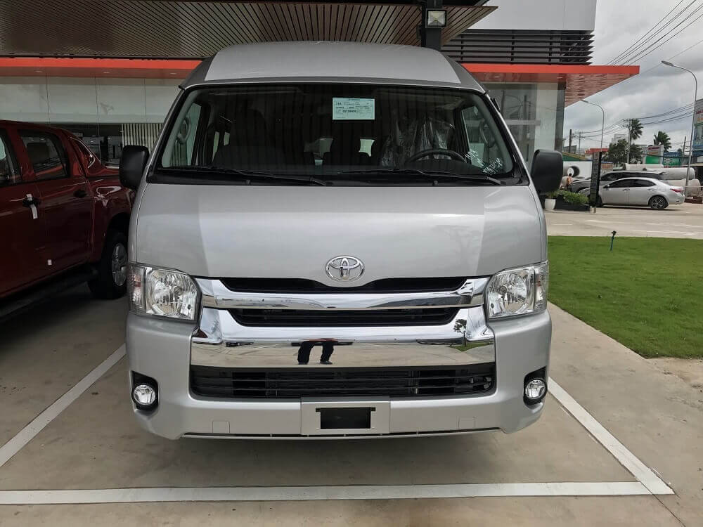 Ngoại thất xe Toyota Hiace 2019