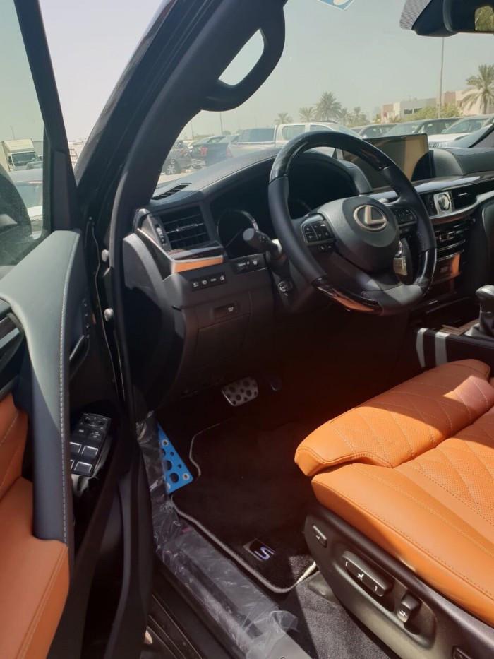 Tìm hiểu chi tiết xe Lexus LX570 MBS SuperSports 2018