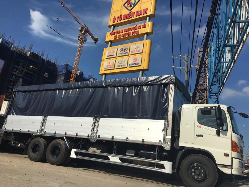 Giá xe tải Hino 16 tấn thùng mui bạt(5)