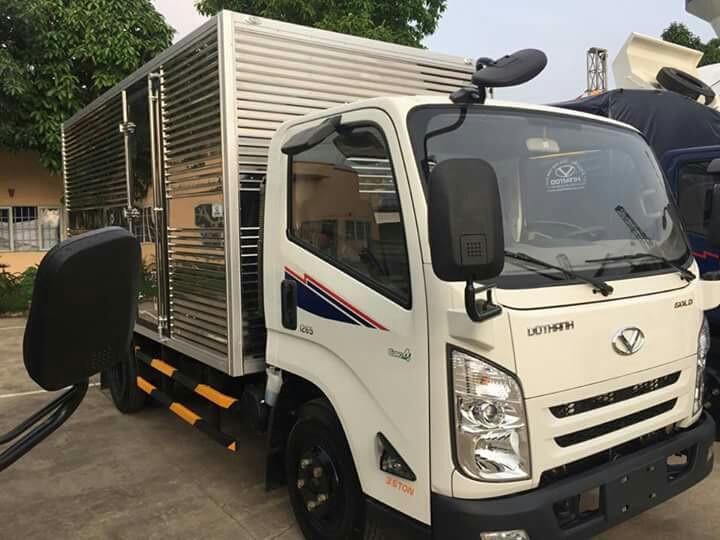 Xem giá xe tải 2.5 tấn Hyundai IZ65 thùng kín mới nhất
