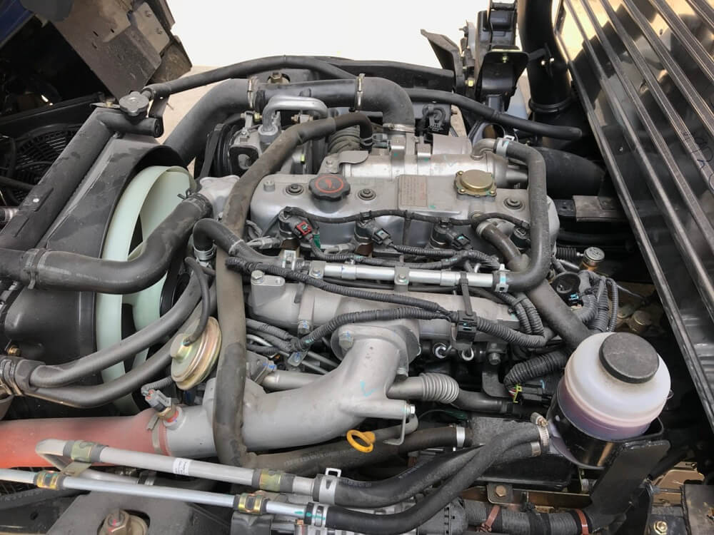 Động cơ xe tải 3.5 tấn Hyundai IZ65 thùng mui bạt