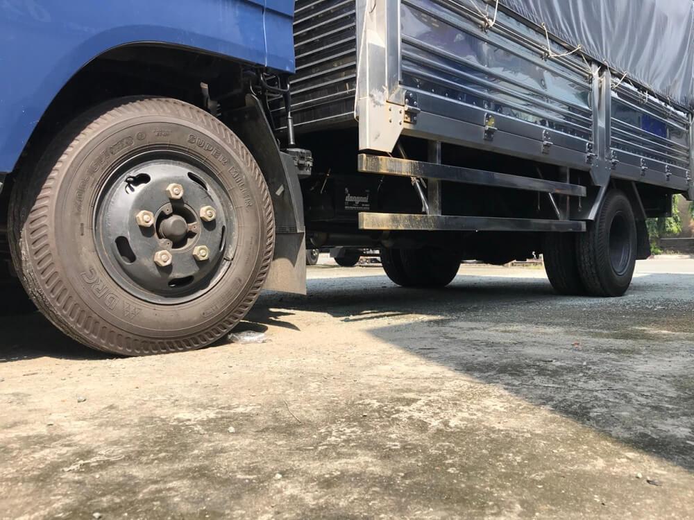 Kết cấu xe tải 3.5 tấn Hyundai IZ65 thùng mui bạt