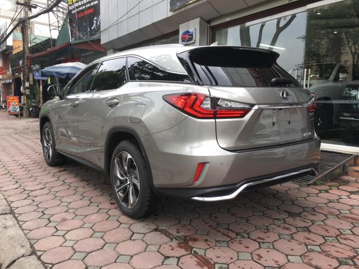 Giá bán gần 5 tỷ đồng - Lexus RX 350L 7 chỗ đầu tiên về Việt Nam