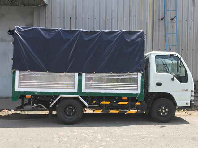 Giá xe tải Isuzu 2.4 tấn thùng mui bạt(6)
